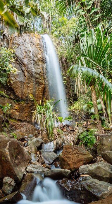 waterfall 383x850