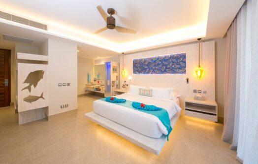 Deluxe room (1) (1)